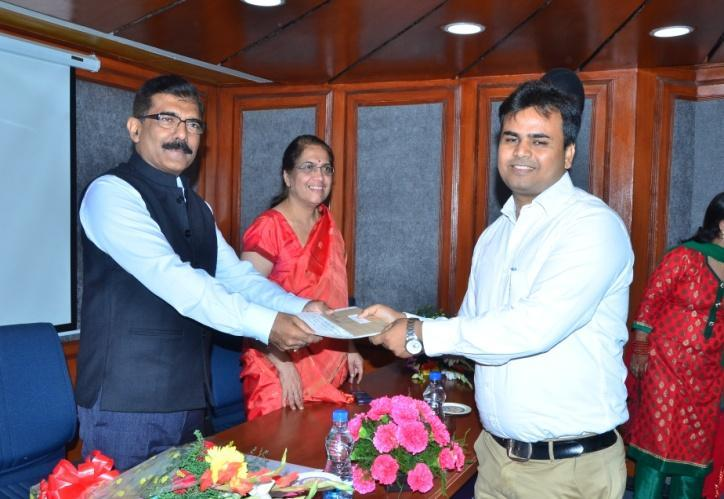 Prize Distribution Vigilance Awareness Week 2015